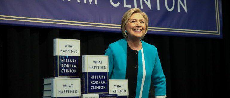 "کتاب ""What Happened"" تالیف هیلاری کلینتون"